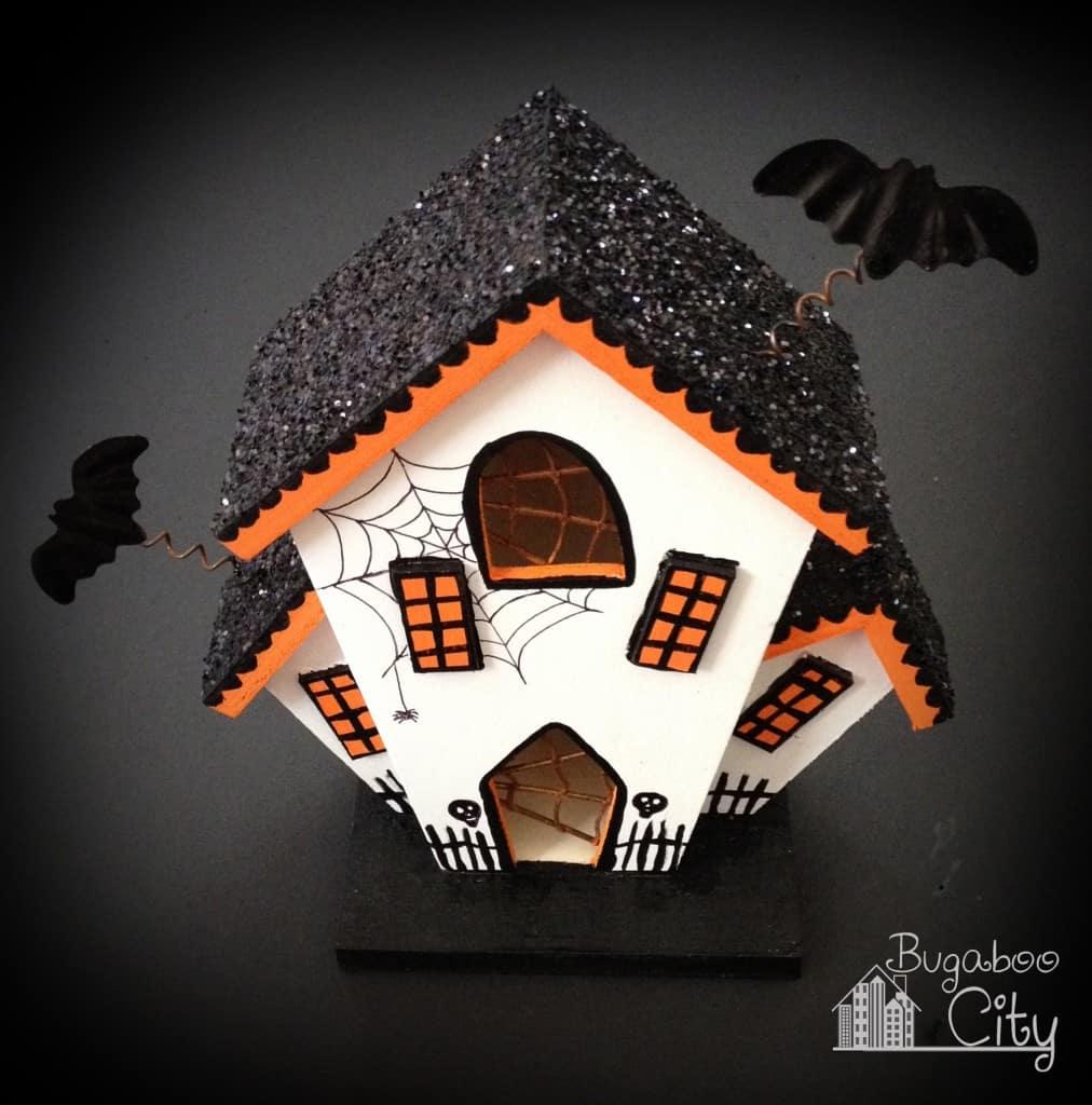 DIY Halloween Haunted Houses!