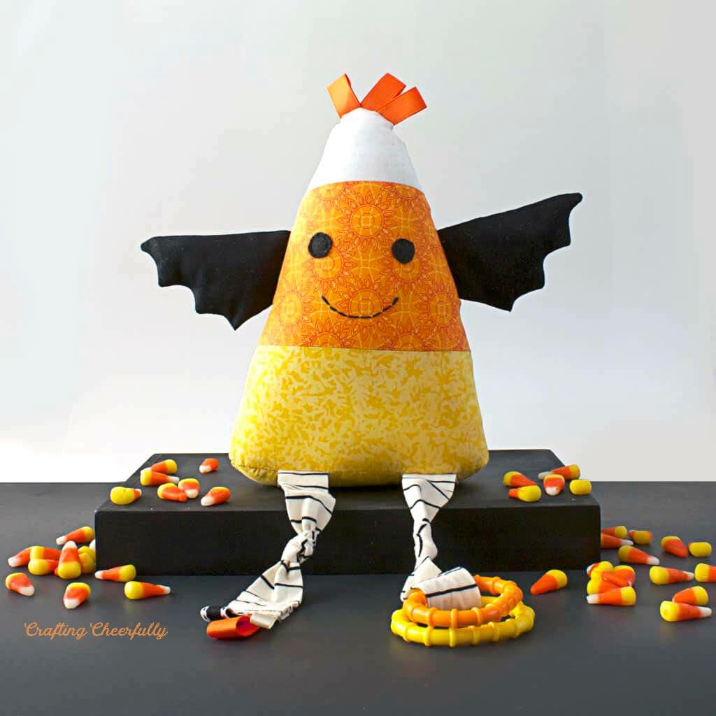 Candy Corn Stuffie – Free Halloween Sewing Pattern