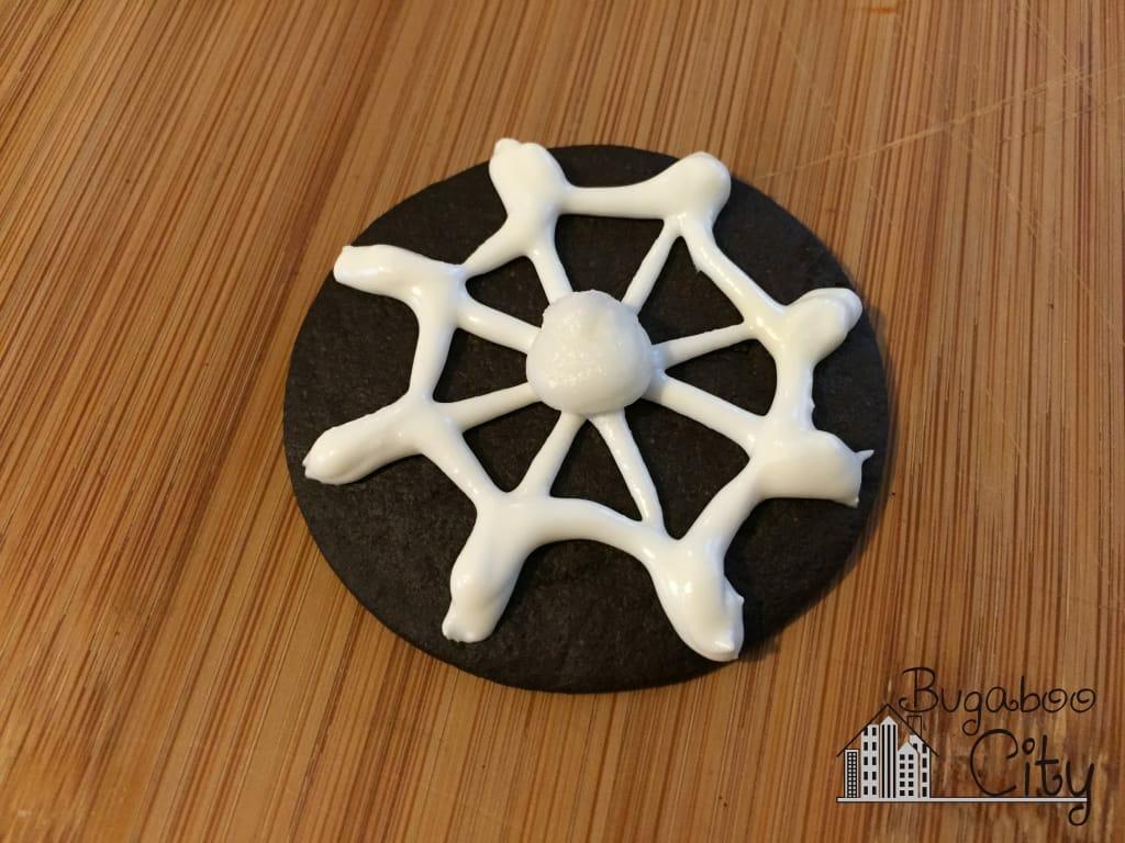 Halloween spider cookie