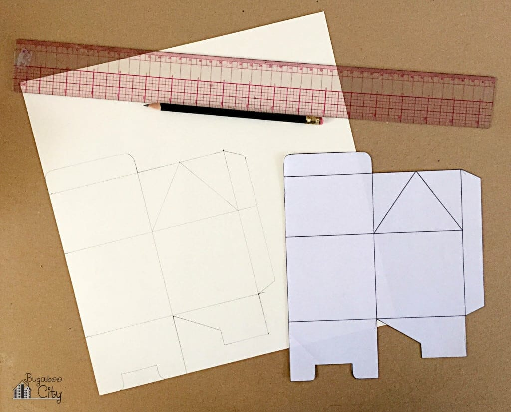 DIY Cookie Treat Boxes with tutorial and free pattern!