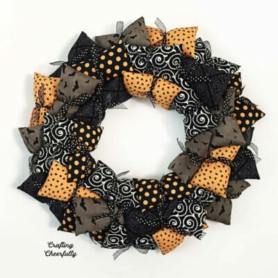 DIY Halloween Pillow Wreath