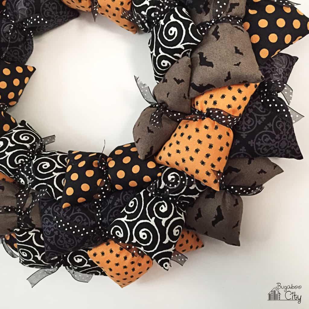Halloween Pillow Wreath Tutorial 11
