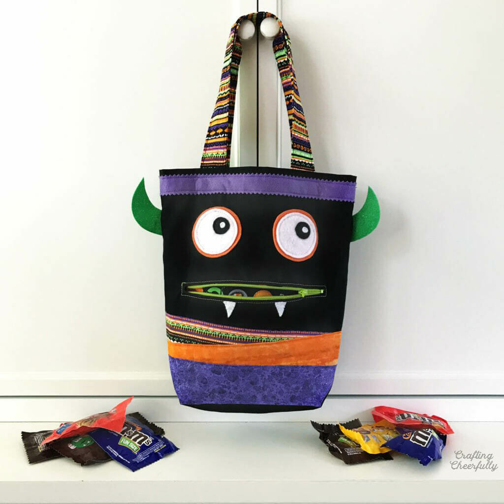 DIY Monster Trick-or-Treat Bag with Free Pattern!