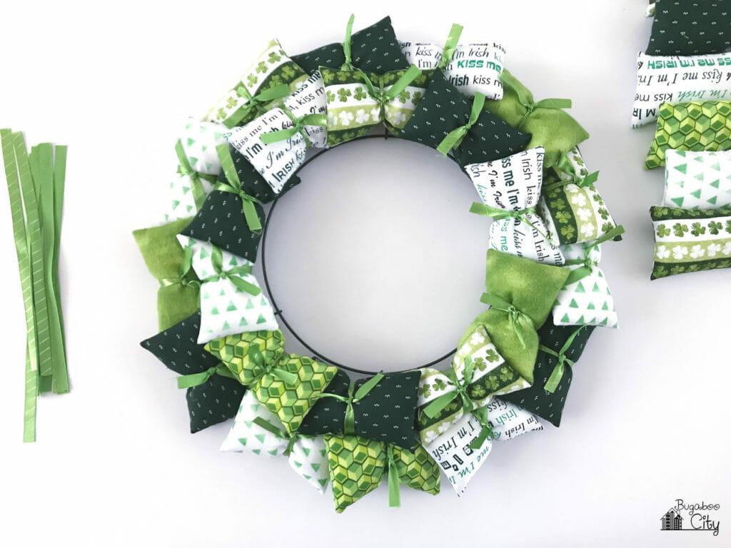 DIY St. Patrick's Day Pillow Wreath Tutorial