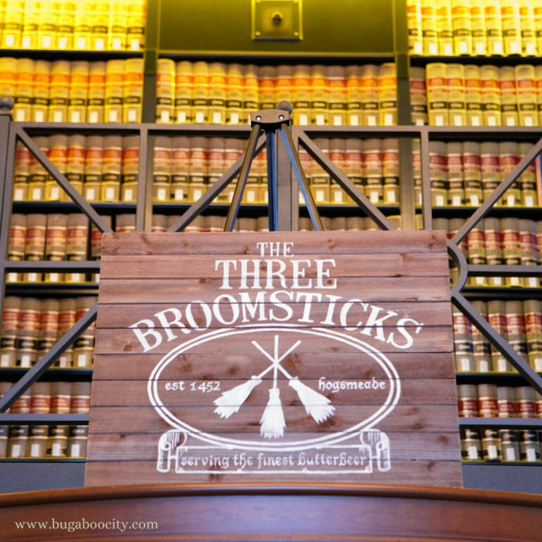 DIY Harry Potter Sign – The Three Broomsticks