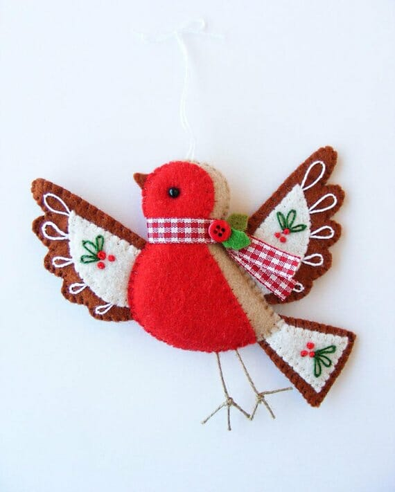 Flying Robin Christmas Ornament by Nuvolina Handmade