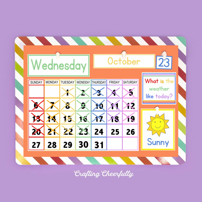 Simple children's calendar with free calendar printables.