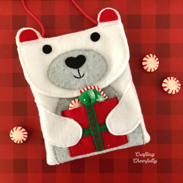 DIY Polar Bear Purse – New Sewing Pattern