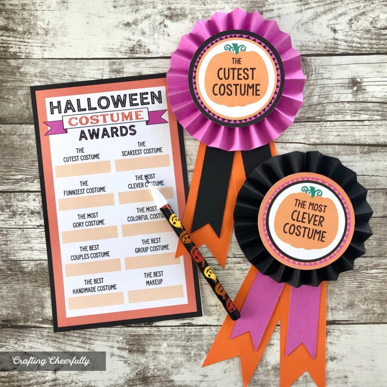 DIY Halloween Costume Award Ribbons