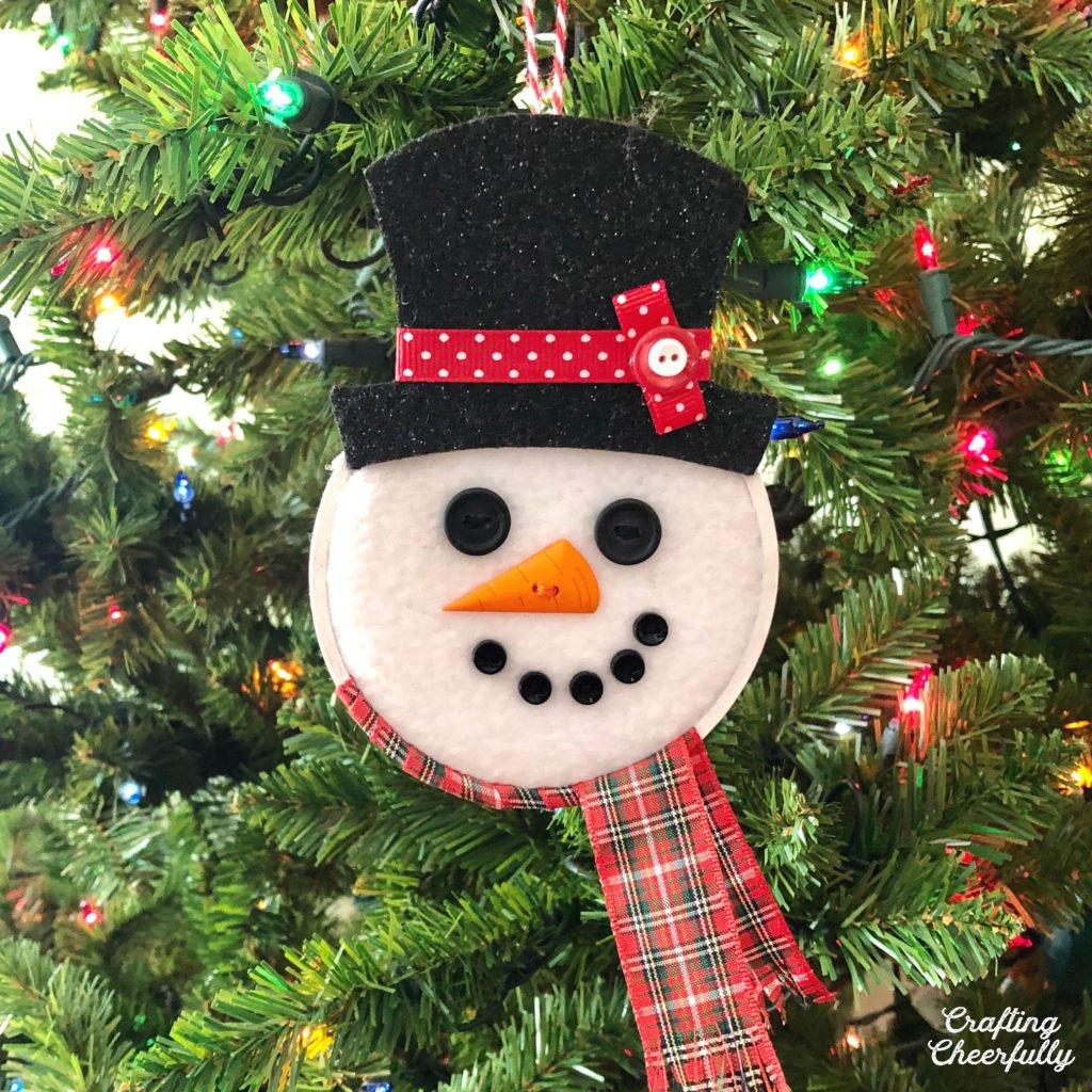 DIY Snowman Hoop Ornament