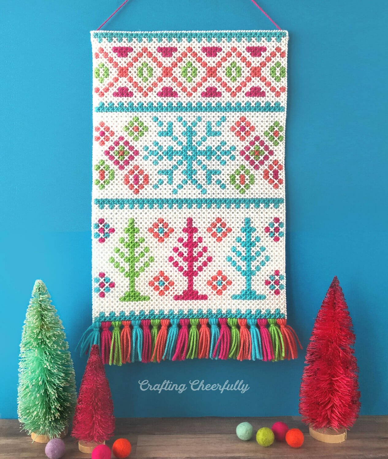 Winter Wonderland Wall Hanging Cross Stitch Pattern