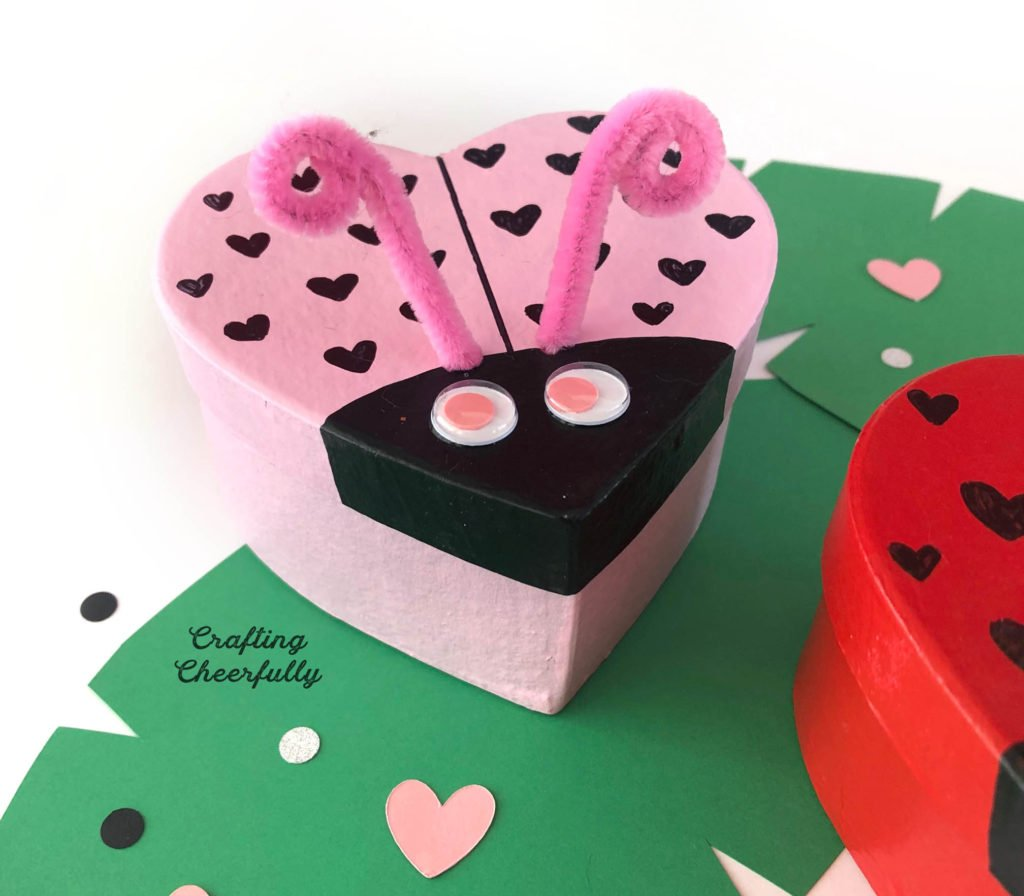 DIY Love Bug Boxes for Valentine's Day!