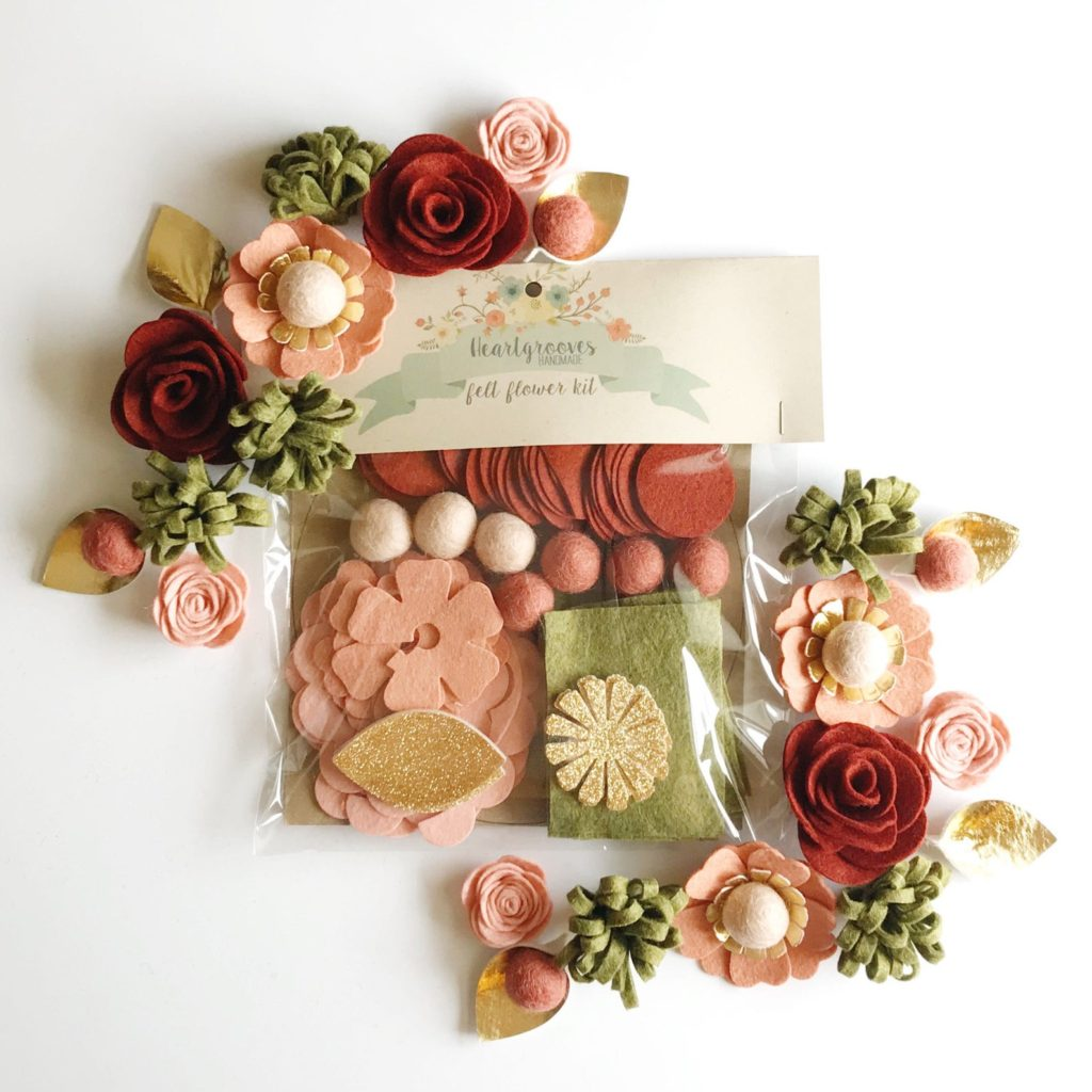 Heart Grooves Handmade Crimson Blush Felt Flower Wreath Kit