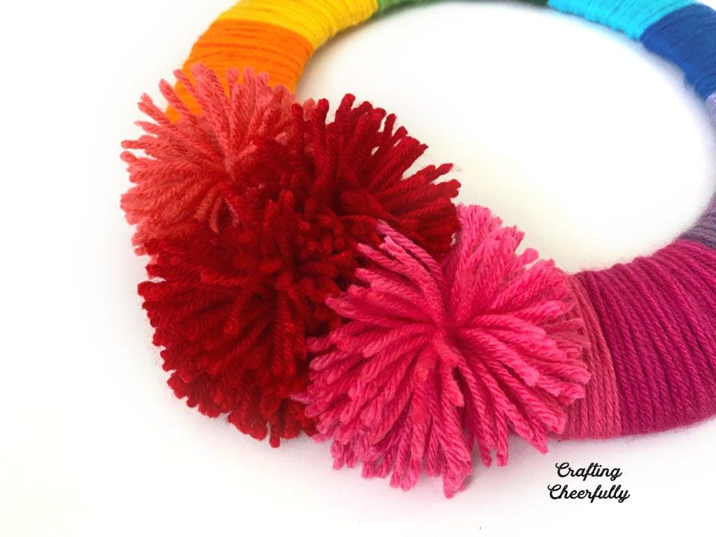 DIY Yarn Rainbow Wreath