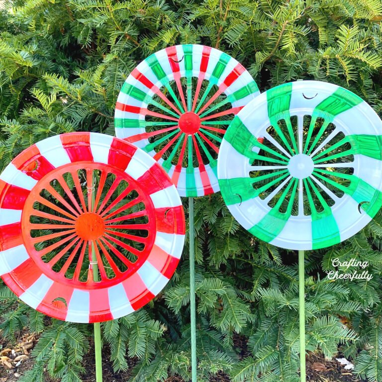 DIY Christmas Peppermints – Outdoor Christmas Decorations