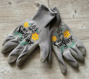 Personalized Gardening Gloves by HandcraftedbyM