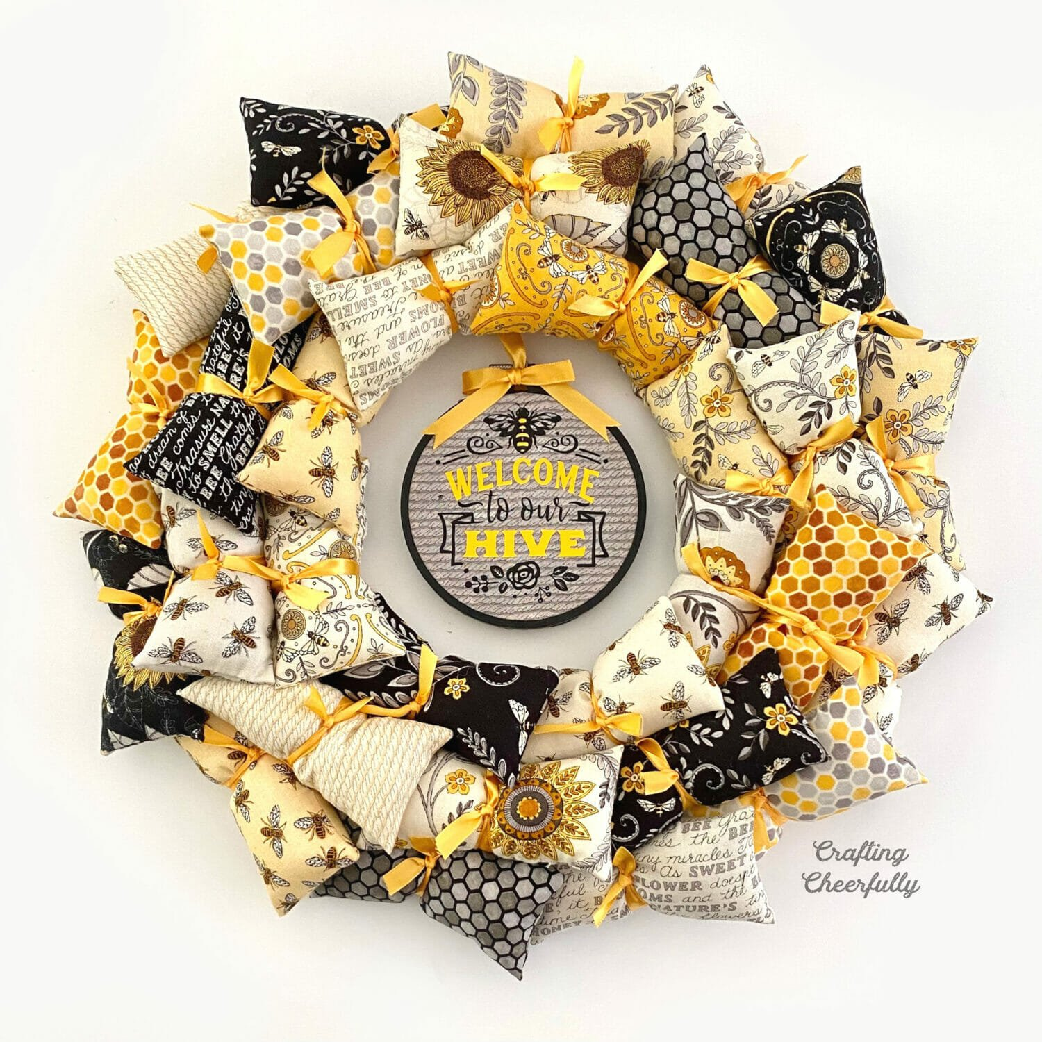 Welcome to Our Hive – DIY Bee Pillow Wreath