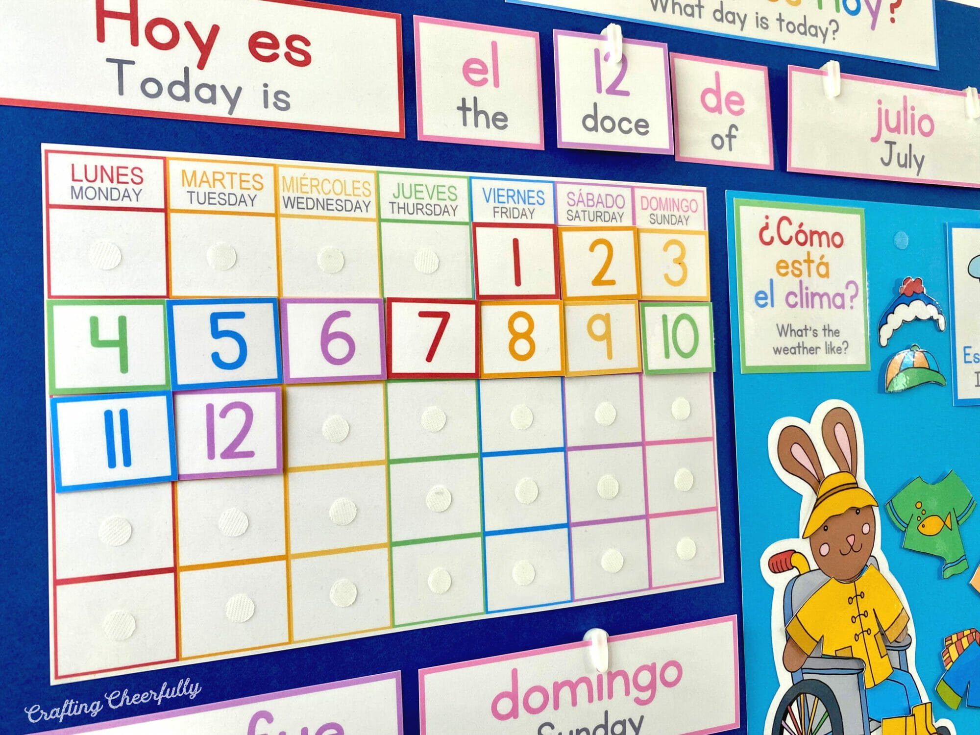 Calendar on Morning board in Spanish and English