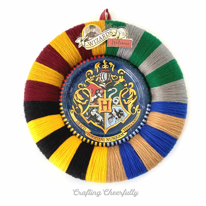 DIY Hogwarts Harry Potter Wreath